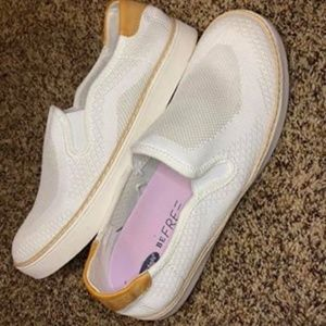 Dr.Scholls Shoes Size 8.5 WORN ONCE